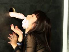Classy bukkakke drenched babe masturbating