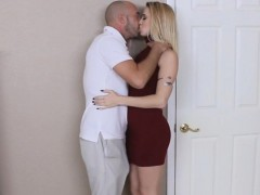 Sierra saw her boyfriends dad pissing and got turned on