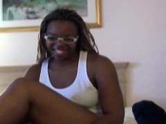 Ebony girlfriend gets shaved cunt filled in bedroom