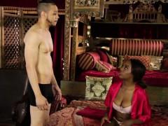 Ebony Masseuse Gets Wam