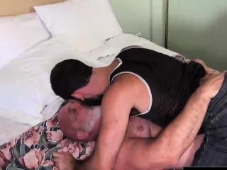 Big bear barebacking his skinny hunk partner in hotel room