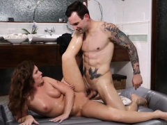 Maddy O'reilly Anal Fucked By Her Client After Massage