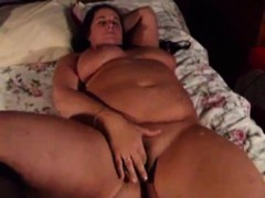 Sexy BBW has some fun