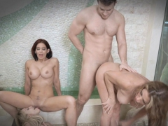 Milf's Farrah and her friends bangs with stepsun Cody