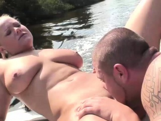 Young babe has fun with a fat dick