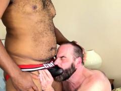 Ebony bear barebacks hairy hunk on the bed