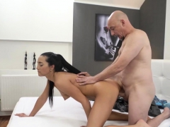 Daddy we cant do this xxx Hot fuck-a-thon after a hot bath