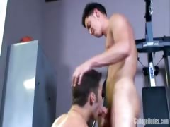 College Dudes - Tommy Blows Troy 2