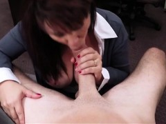 Latina wifey sells her muff for money to pay the bail